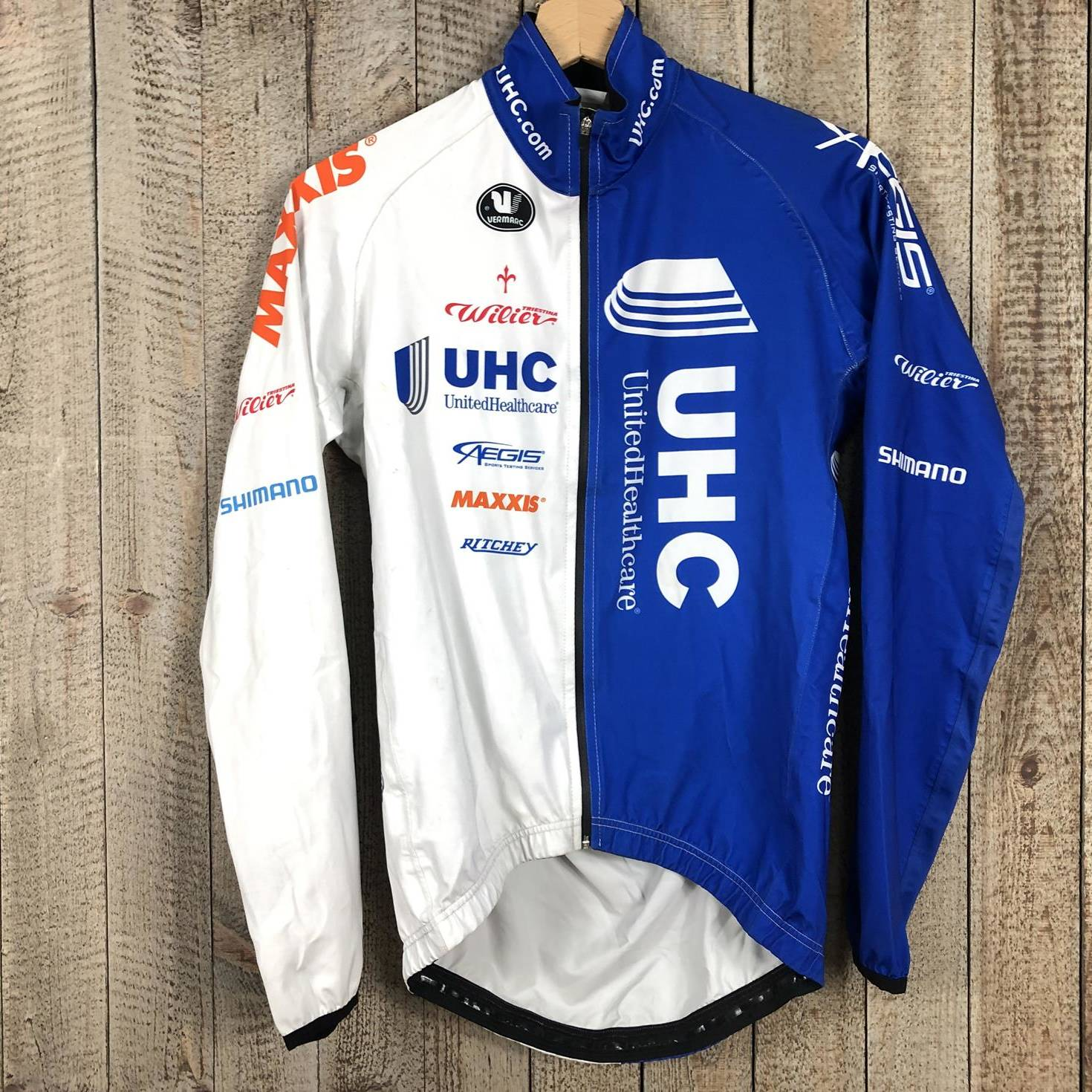 Rain Jacket - UnitedHealthcare Pro Cycling 00002976 (1)