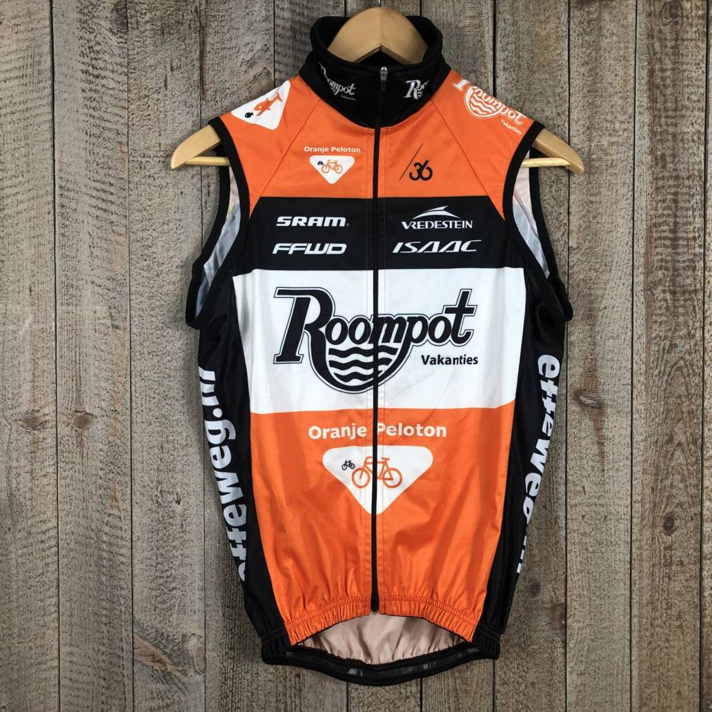 Wind Vest - Team Roompot 00002965 (1)