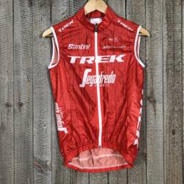 Light Wind Vest - Trek Segafredo 00005783 (1)